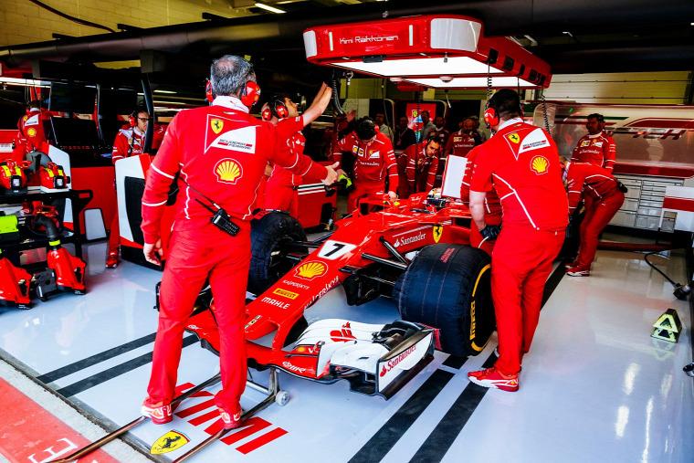 F1 Forma-1 Ferrari Hungaroring Magyar Nagydíj Sebastian Vettel Mattia Binotto Kimi Räikkönen