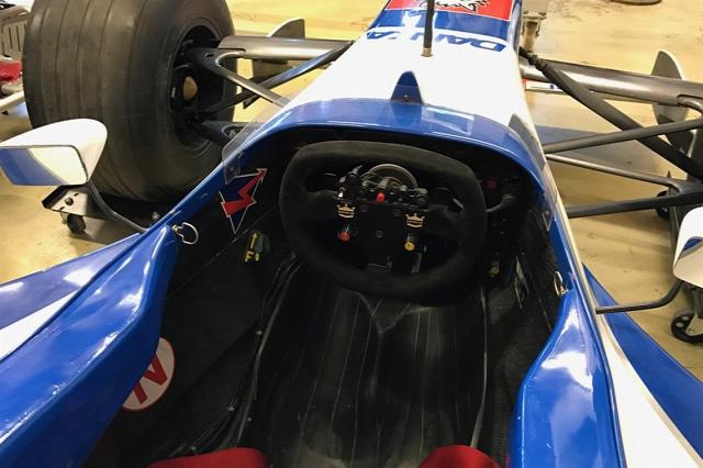 F1 Forma-1 Damon Hill eladó Forma-1-es autó Arrows A18