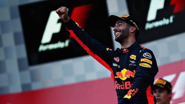 F1 Forma-1 Red Bull Daniel Ricciardo Mark Webber Azerbajdzsáni Nagydíj