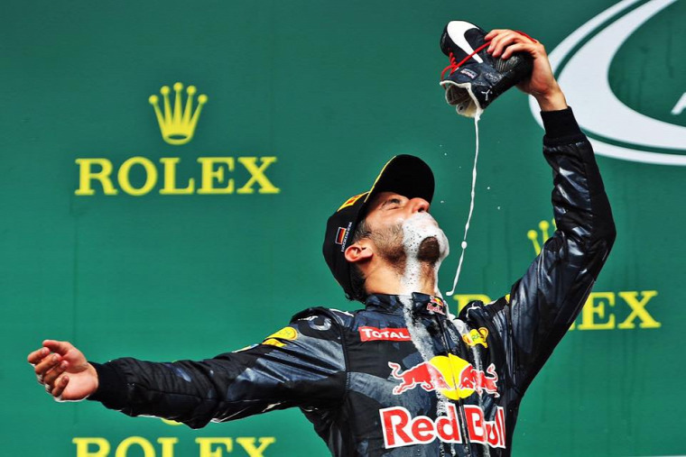 F1 Forma-1 Red Bull Daniel Ricciardo Szingapúri Nagydíj
