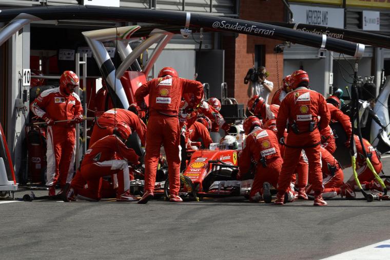 F1 Forma-1 Maurizio Arrivabene Sebastian Vettel Kimi Räikkönen Belga Nagydíj