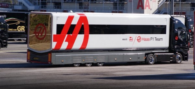 F1 Forma-1 Barcelona Silverstone Haas F1 Team Red Bull Mercedes