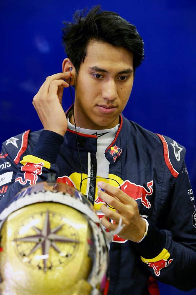 F1 Forma-1 Sean Gelael KFC Hungaroring Jagonya Ayam Toro Rosso Franz Tost