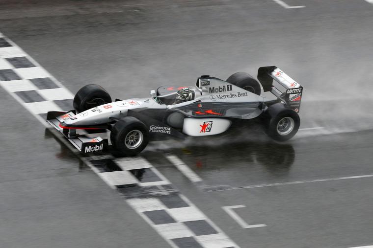 F1 Forma-1 Nico Rosberg Mercedes Mika Häkkinen McLaren MP4-13