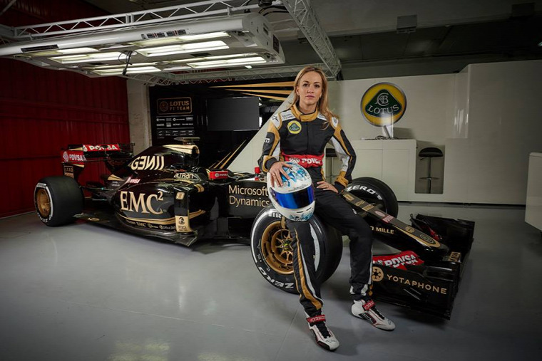 F1 Forma-1 Carmen Jorda Renault Lotus