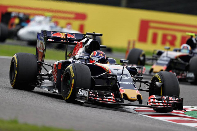 F1 Forma-1 Red Bull Toro Rosso Danyiil Kvjat