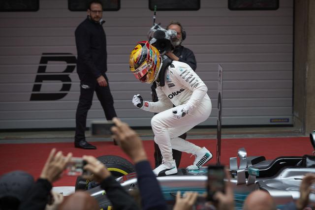 F1 Forma-1 Lewis Hamilton Mercedes Sebastian Vettel Ferrari Kínai Nagydíj