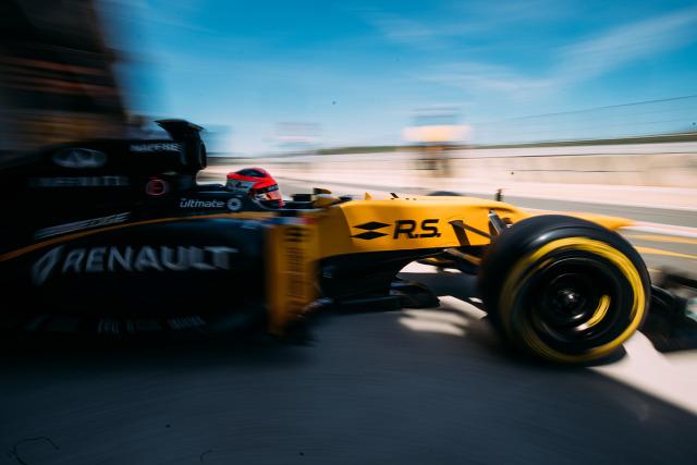 F1 Forma-1 Robert Kubica Renault Cyril Abiteboul Jolyon Palmer Szergej Szirotkin