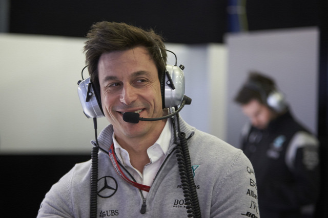 F1 Forma-1 Mercedes Toto Wolff