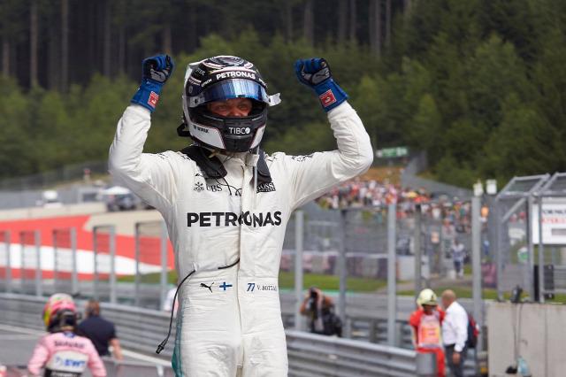 F1 Forma-1 Valtteri Bottas Mercedes Lewis Hamilton Mark Webber Osztrák Nagydíj