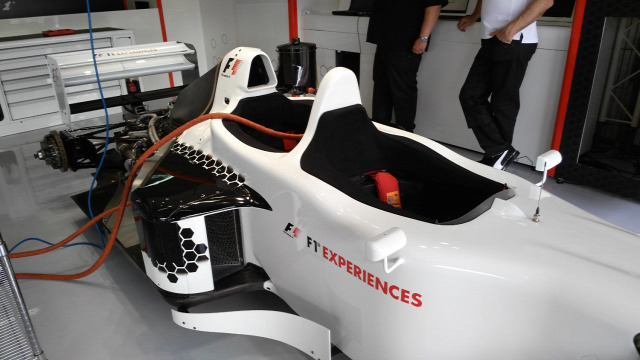 F1 Forma-1 Baumgartner Zsolt Paul Stoddart Patrick Friesacher F1 Experience Spanyol Nagydíj