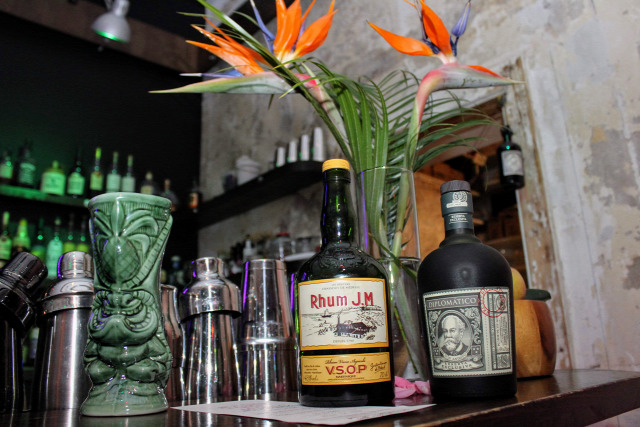 receptúra sorrel wine dezs jamaican rum punch hotel nacional special ti punch rum punch appleton bacardi mount gay clément rhum jm diplomático dez oconnell uknow duo