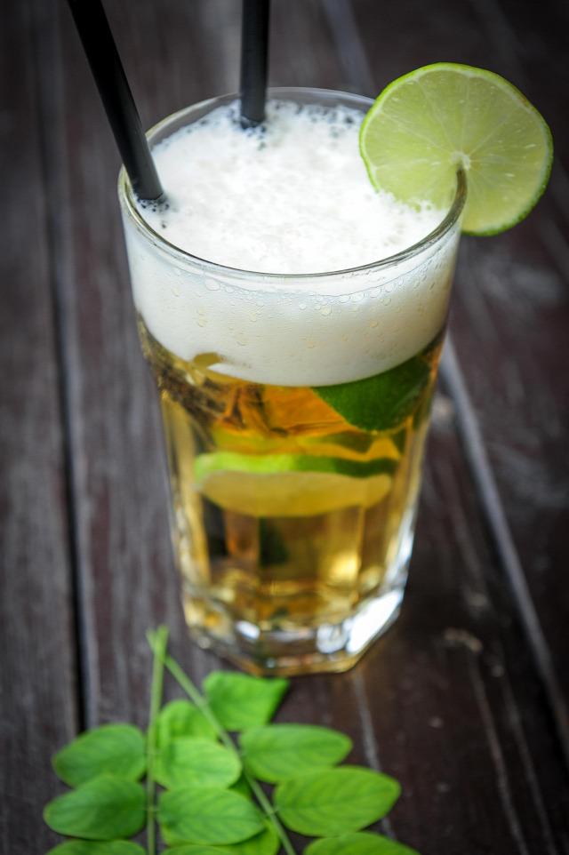 sör mi több sör campari vodka receptúra whisk(e)y scotch whisky violet wit campari weizen strawbeerry blonde ice tea russian cherry bitter
