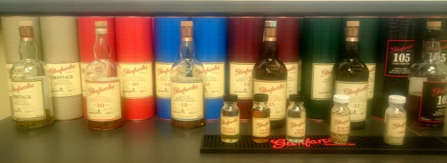 ian macwilliam glenfarclas kóstoló whiskynet whisk(e)y scotch whisky