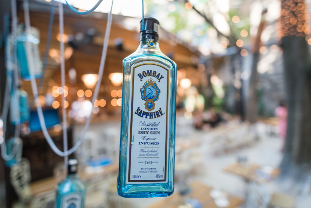 bombay sapphire star of bombay gin bombay weekend