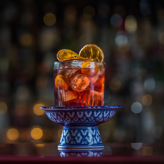 matthias giroud buddha-bar receptúra old fashioned smoke in asia whisk(e)y baiju martini vermouth lapsang souchong asian magic sour cointreau one angel for ever white aperol gin old fashioned
