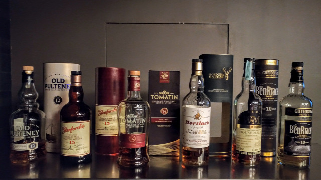 whiskynet kóstoló old pulteney glenfarclas tomatin mortlach gordon and macphail wilson and morgan benriach whisk(e)y