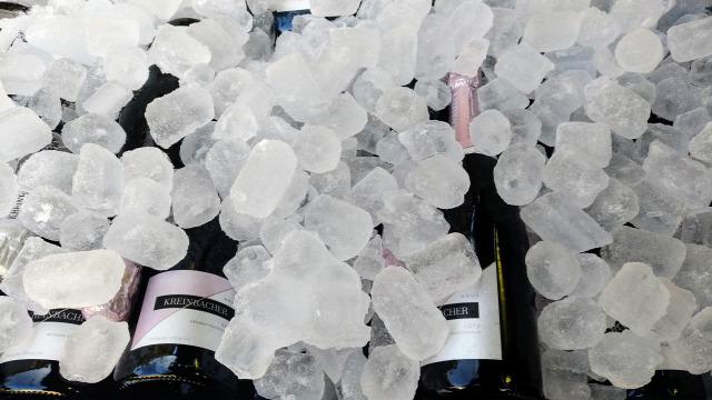 bor magyar bor budapest borfesztivál kreinbacher pezsgő champagne brebis pol roger tóth ferenc ostoros bujdosó petrény soltész