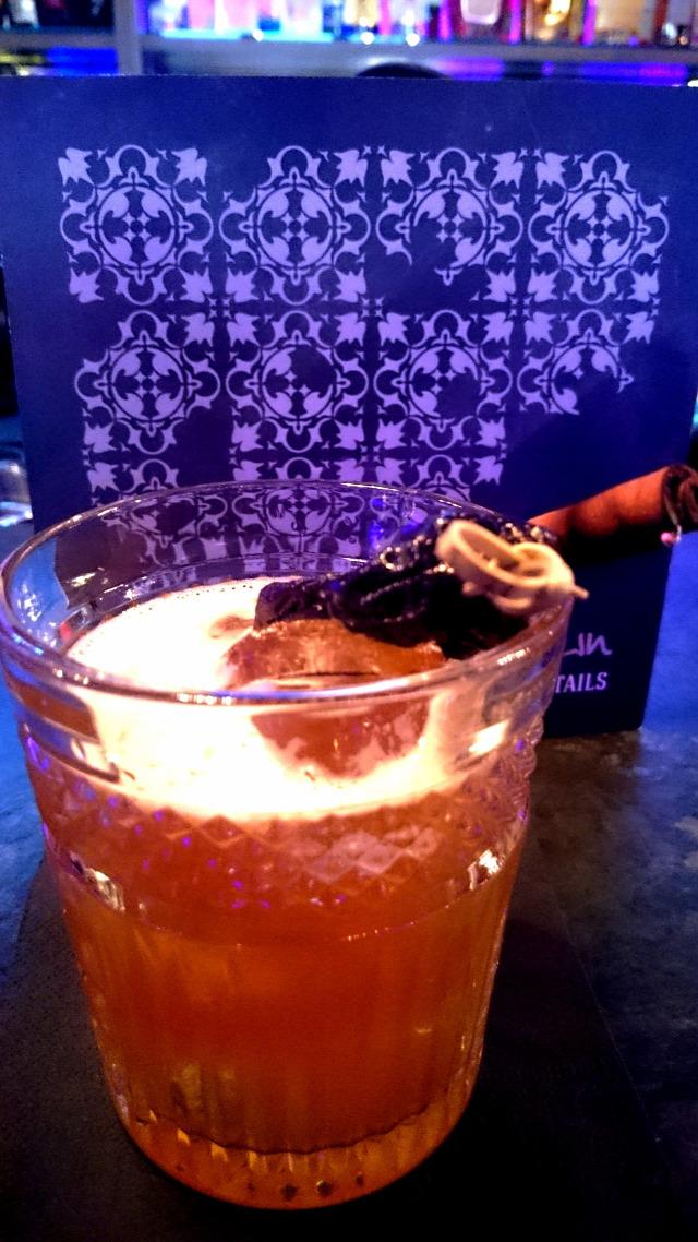 upndown bloody mary negroni popping candy smoking barrel talisker whisk(e)y scotch whisky bombay sapphire gin midori kwai feh the bitter truth receptúra kóstoló vitáris-vámosi csilla
