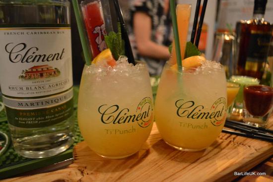 receptúrák bartender rum clément rhum jm old distiller fair jamaica berry bros and rudd caroni whiskynet kóstoló ti punch punch