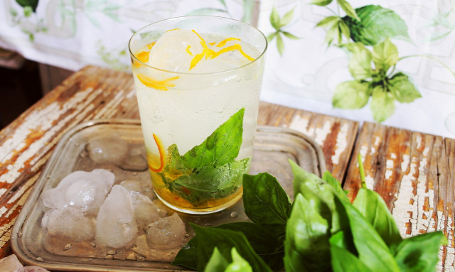 receptúra koroknai klári street kitchen gin tonic