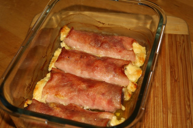 recept főétel melegétel húsétel marha rolád sonka sajt