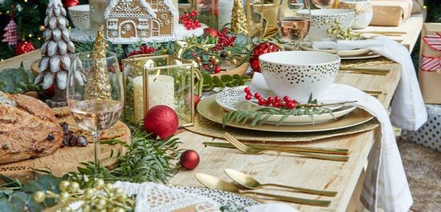 karácsony asztal ünnepi elegáns dizájn