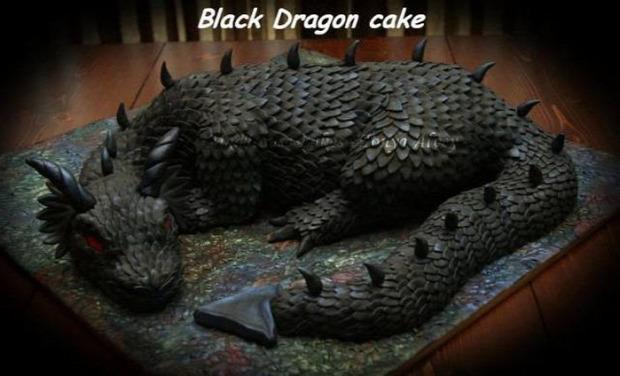Hétvégi dizájn fekete sárkány torta
