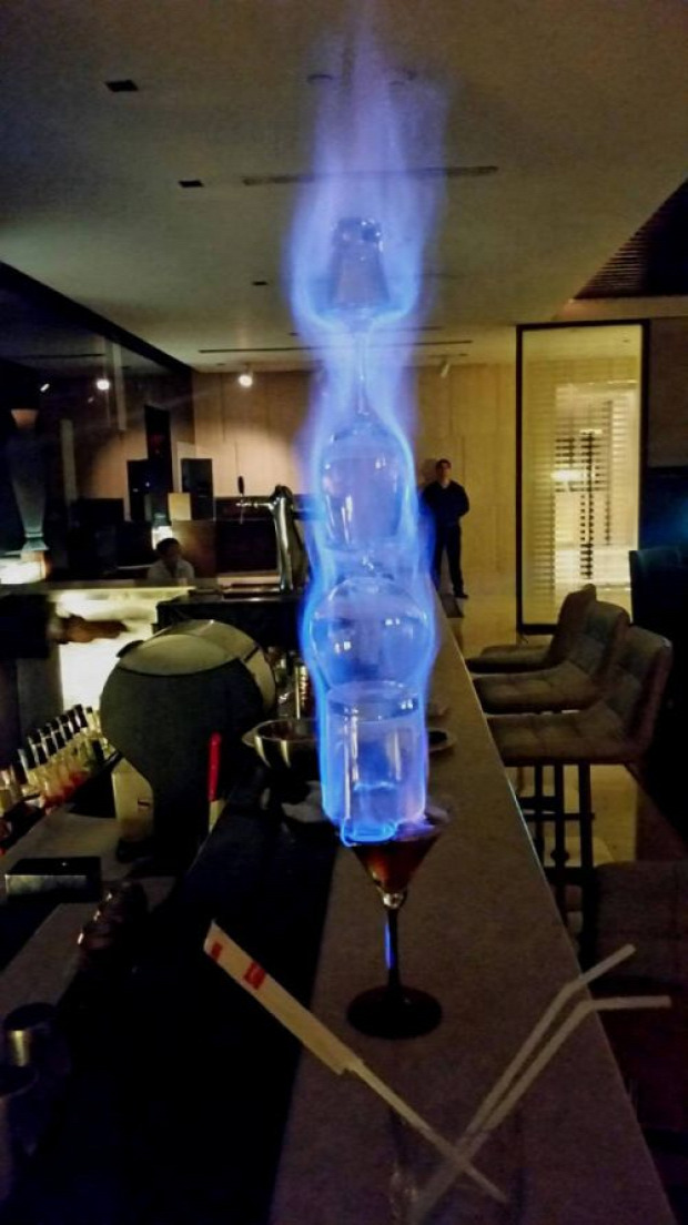 hétvégi dizájn pohár lángol