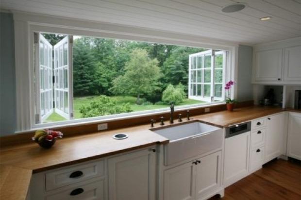 Hétvégi dizájn konyha kilátás ablak