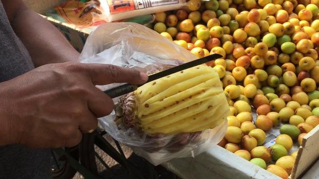 Street Food Kína utcai árus élelmiszer gyümölcs