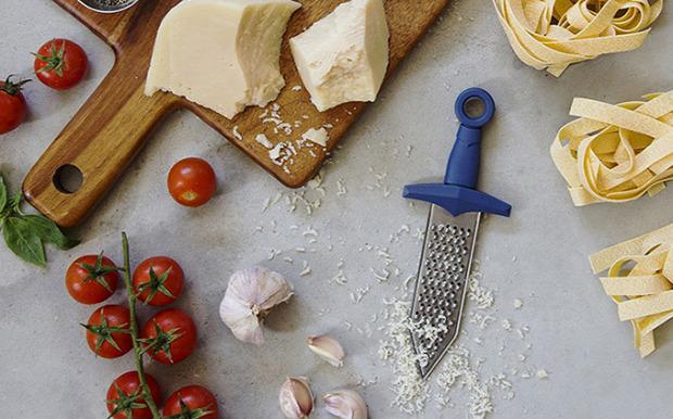 hétvégi dizájn reszelő sajt gladiátor kard