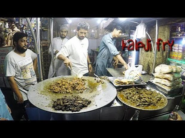 videó streetf food Pakisztán Karachi