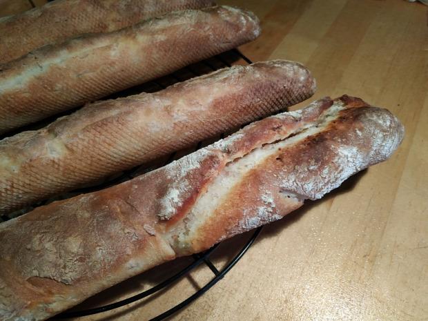 recept tészta kenyér vajas fokhagymás