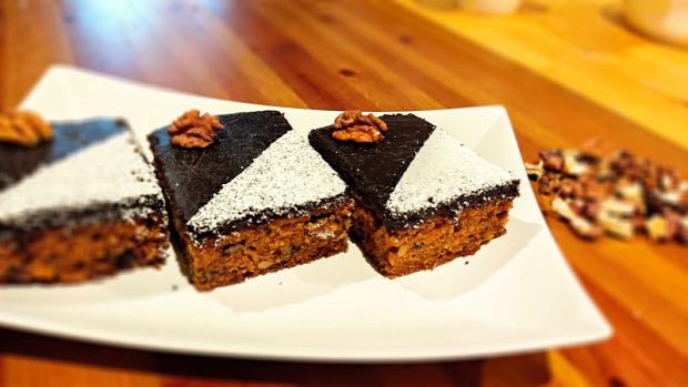 recept édesség répa torta áfonya dió