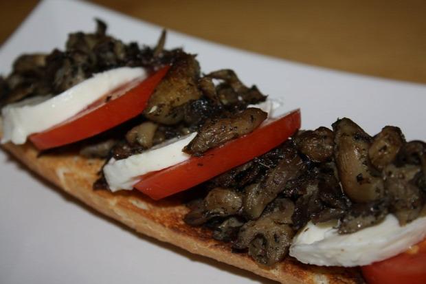 recept meleg étel szendvics olasz gomba pirítós