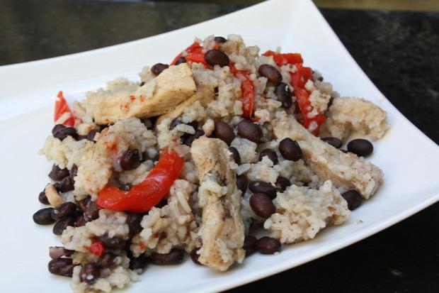 Recept főétel melegétel húsétel sertés comb paprika feketebab