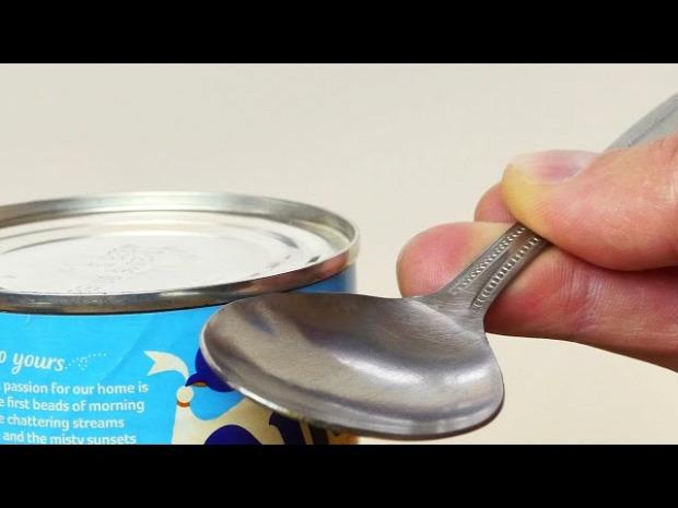 videó konzerv nyitás kanál
