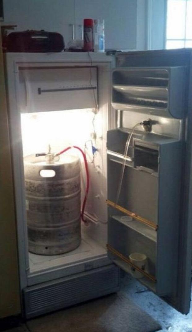 Hétvégi dizájn férfias hűtőszekrény sör átépítés