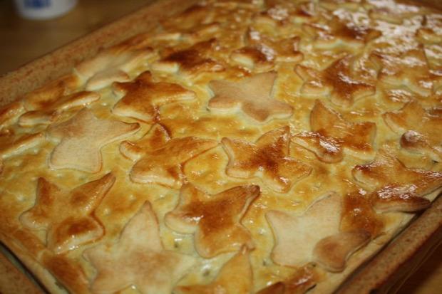 recept főétel húsétel tészta melegétel hideg étel pite csirke sonka gomba medvehagyma füstölt sajt