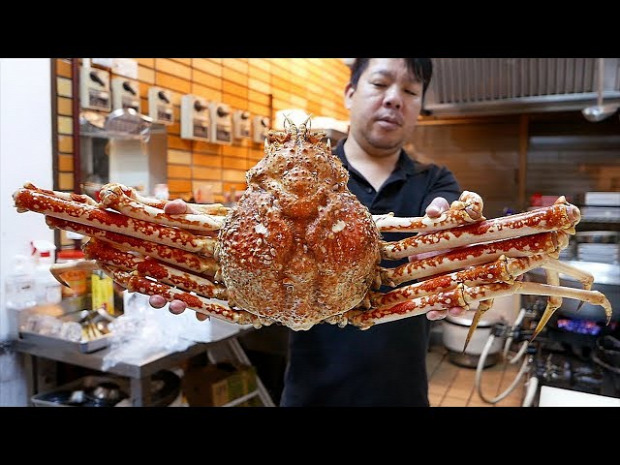 videó street food japán okinawa rák pókrák