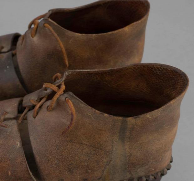 Dizájn cipő