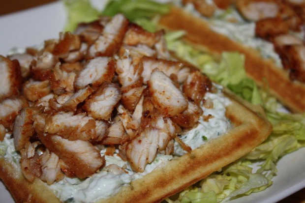 recept főétel melegétel hidegétel tészta szendvics gofri görög tzatziki csirke