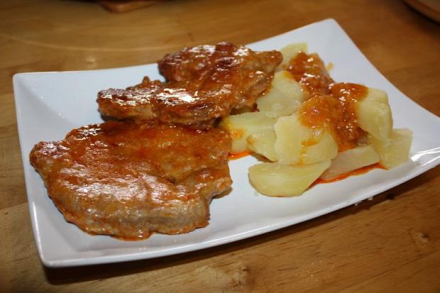 recept főétel melegétel húsétel sertéstarja magyaros sváb