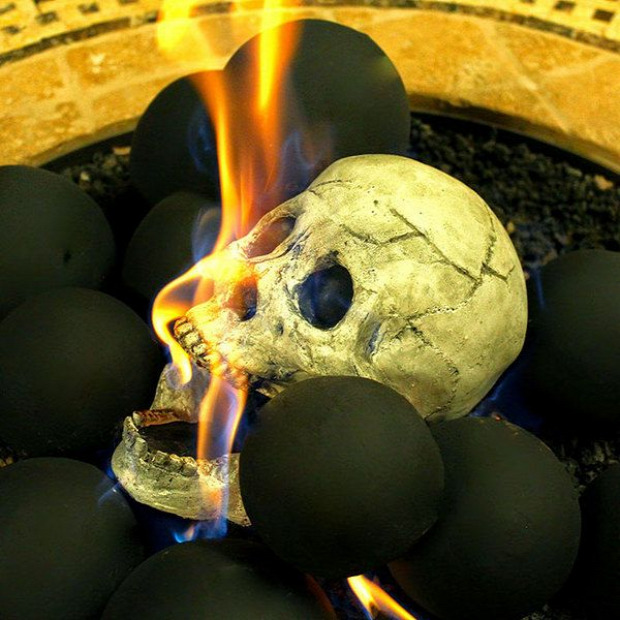 Hétvégi dizájn koponya