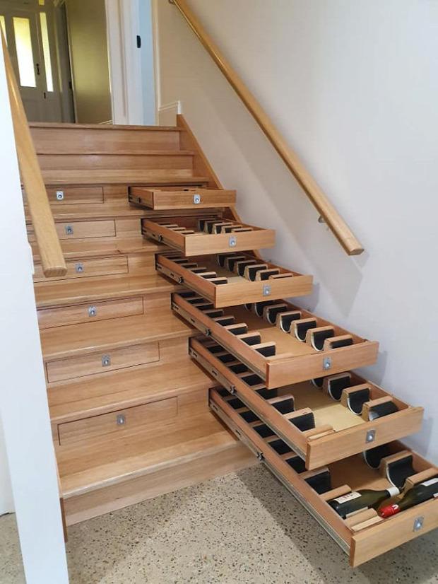lépcső tároló bor bortároló