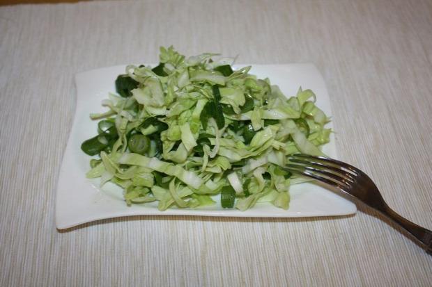 recept saláta tavasz zsenge képoszta zöldhagyma