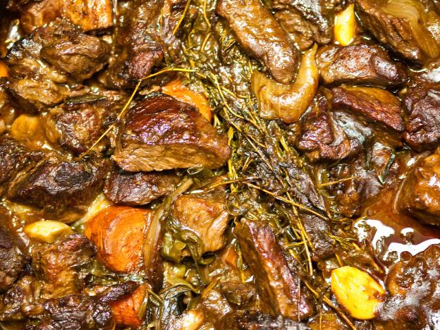 francia konyha burgundia marhahús marharagu egytálétel bor Nicolas Mathiez makifood boeuf bourguignon ősz tél