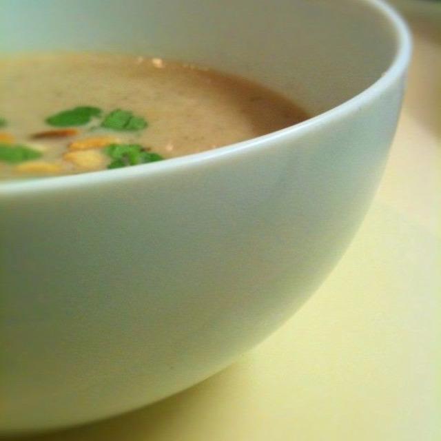 leves tél karácsony vegetáriánus vega gesztenye gomba pancetta gesztenyeleves tápláló leves makifood maki stevenson