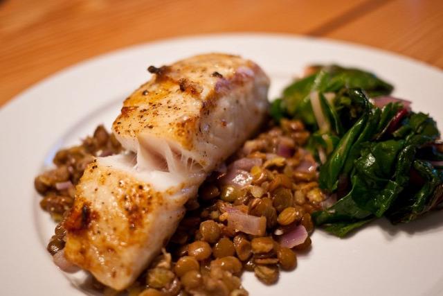 lencse szilveszter recept lazac saláta spenót tél selectfood halétel
